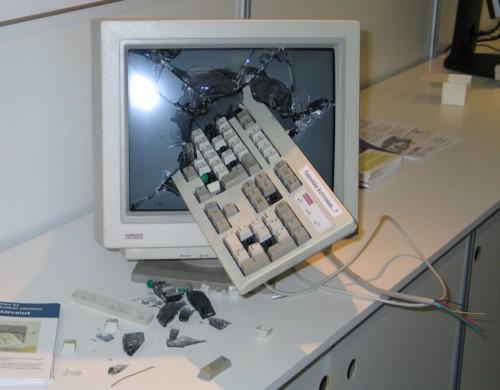 Smashedcomputer_2